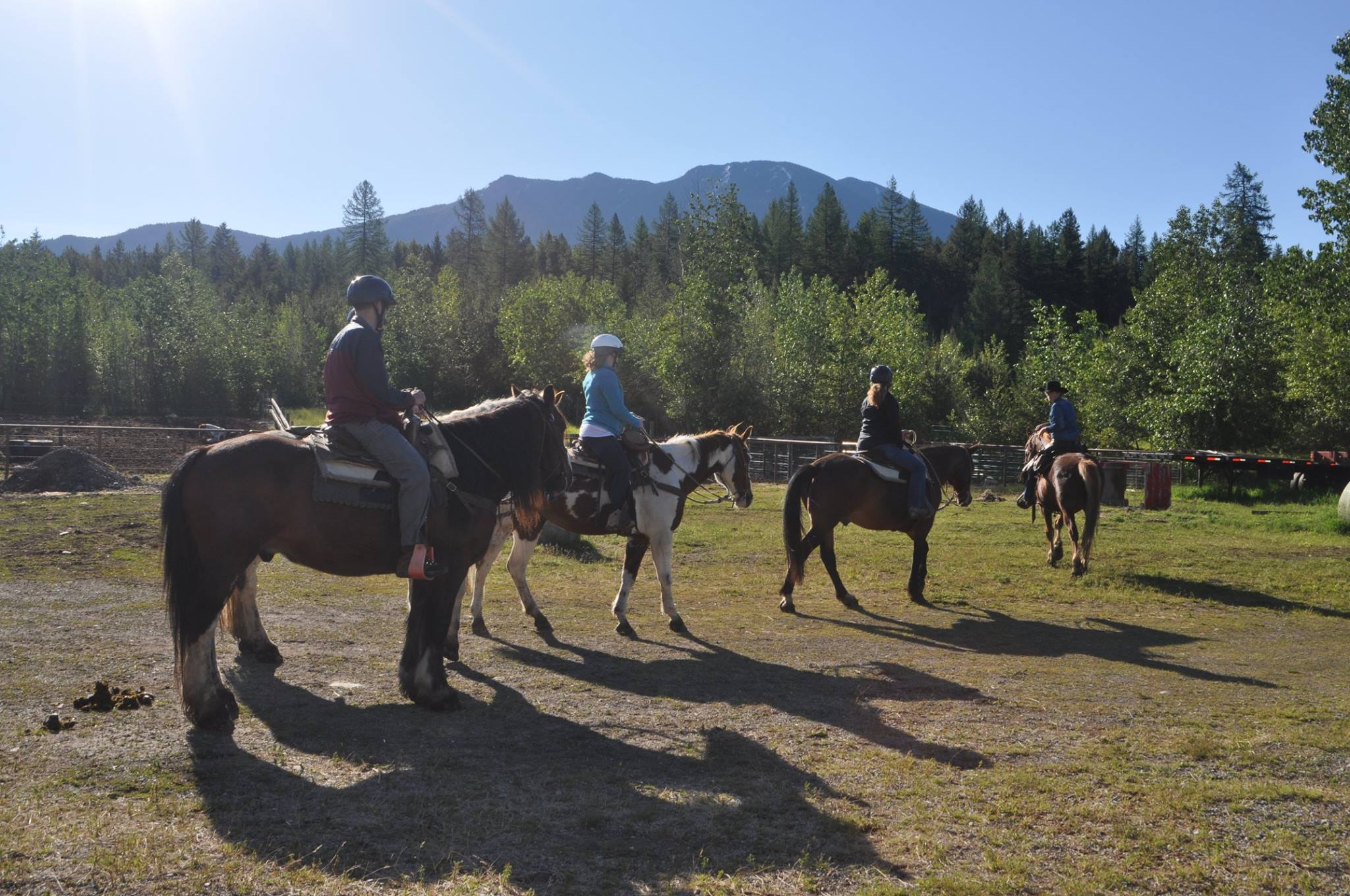 trail-rides-leave-from-discovery-center-in-west-glacier